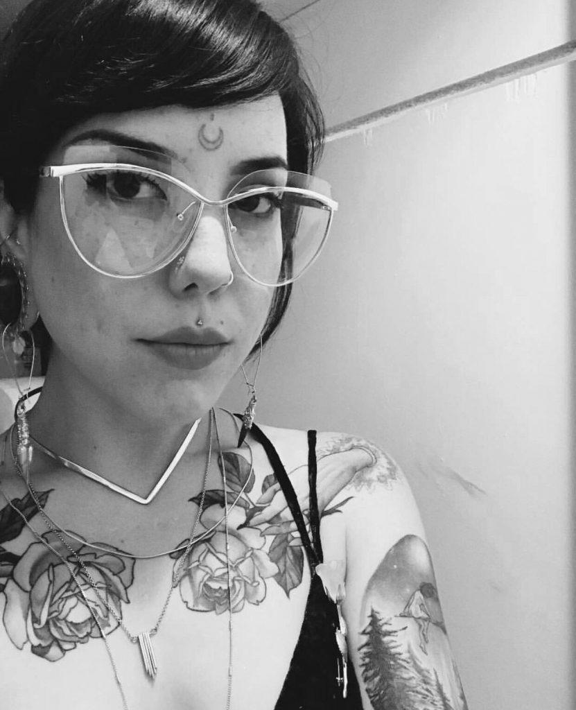 D.Luna Body Piercer Studio City Tattoo